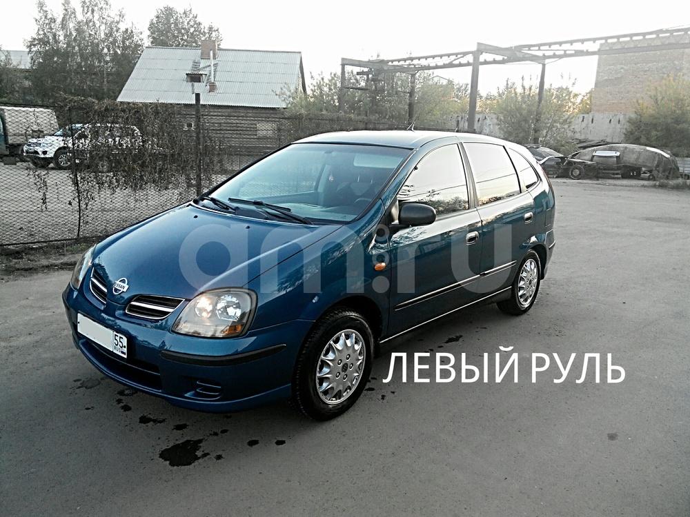 Подержанный Nissan Almera Tino, отличное состояние, синий металлик, 2002 года выпуска, цена 299 000 руб. в Омске