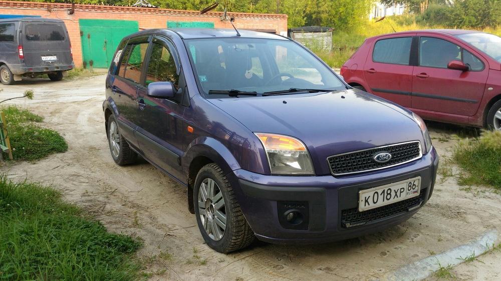Подержанный Ford Fusion, хорошее состояние, фиолетовый , 2007 года выпуска, цена 260 000 руб. в ао. Ханты-Мансийском Автономном округе - Югре