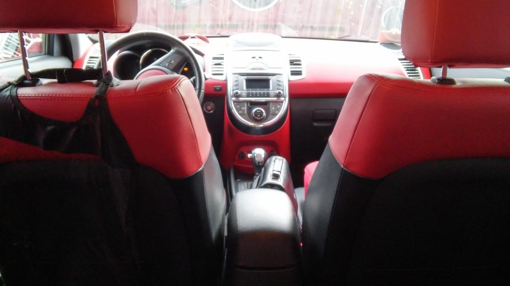 Подержанный Kia Soul, хорошее состояние, красный , 2011 года выпуска, цена 550 000 руб. в Тюмени