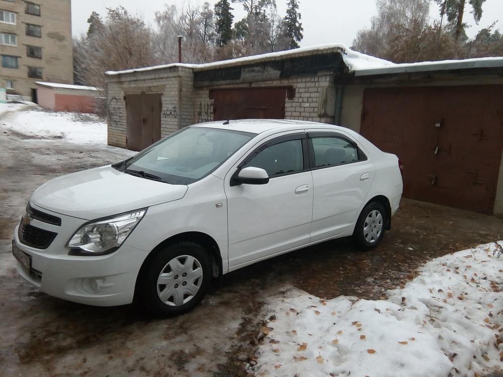 Подержанный Chevrolet Cobalt, отличное состояние, белый , 2013 года выпуска, цена 380 000 руб. в республике Татарстане