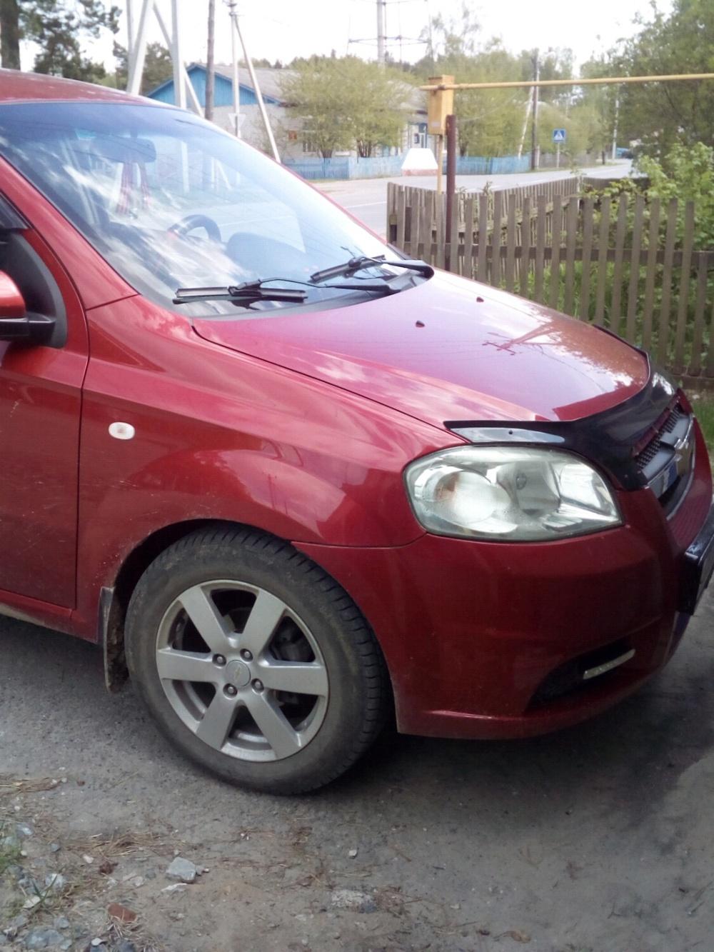 Подержанный Chevrolet Aveo, хорошее состояние, красный , 2007 года выпуска, цена 300 000 руб. в Тюмени