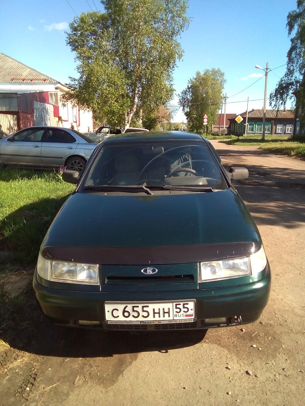 Подержанный ВАЗ (Lada) 2110, среднее состояние, зеленый металлик, 2003 года выпуска, цена 90 000 руб. в Омской области