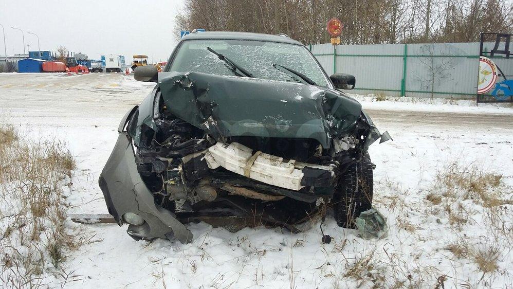 Подержанный Subaru Outback, битый состояние, зеленый , 2004 года выпуска, цена 230 000 руб. в ао. Ханты-Мансийском Автономном округе - Югре
