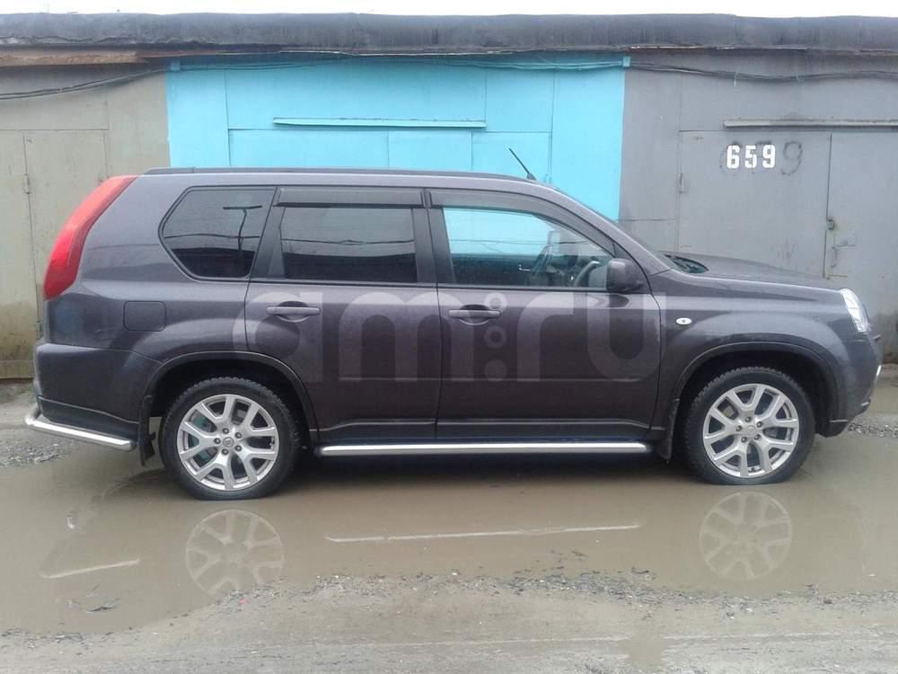 Подержанный Nissan X-Trail, отличное состояние, коричневый , 2012 года выпуска, цена 990 000 руб. в ао. Ханты-Мансийском Автономном округе - Югре