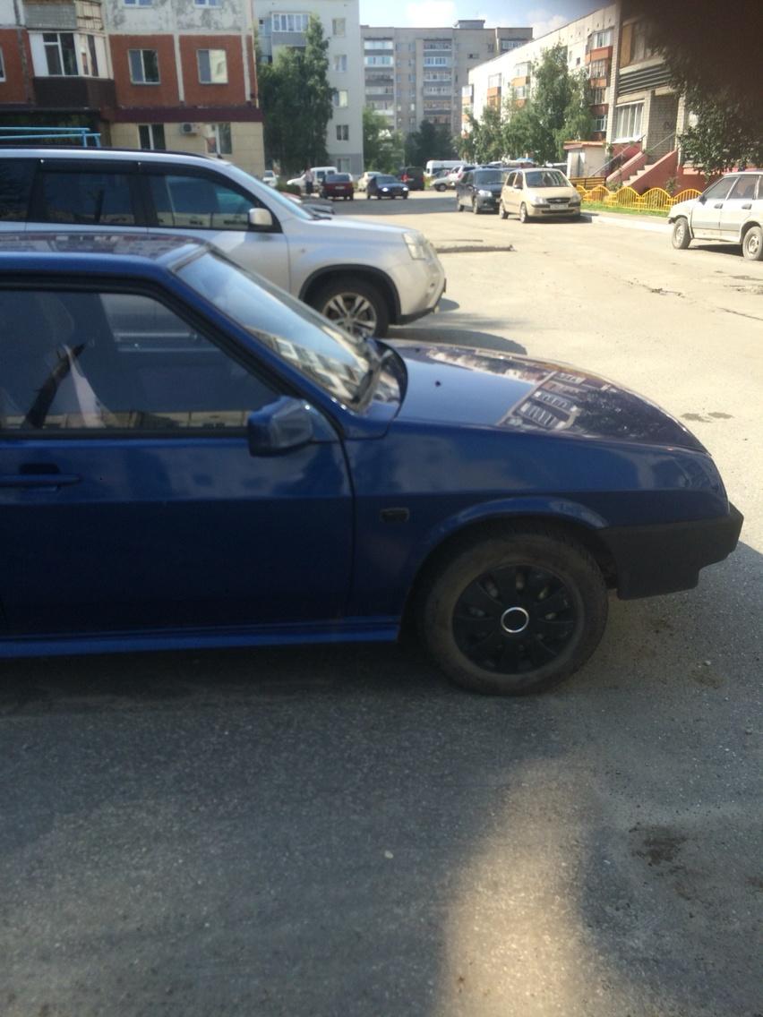 Подержанный ВАЗ (Lada) 2109, хорошее состояние, синий , 2003 года выпуска, цена 75 000 руб. в ао. Ханты-Мансийском Автономном округе - Югре