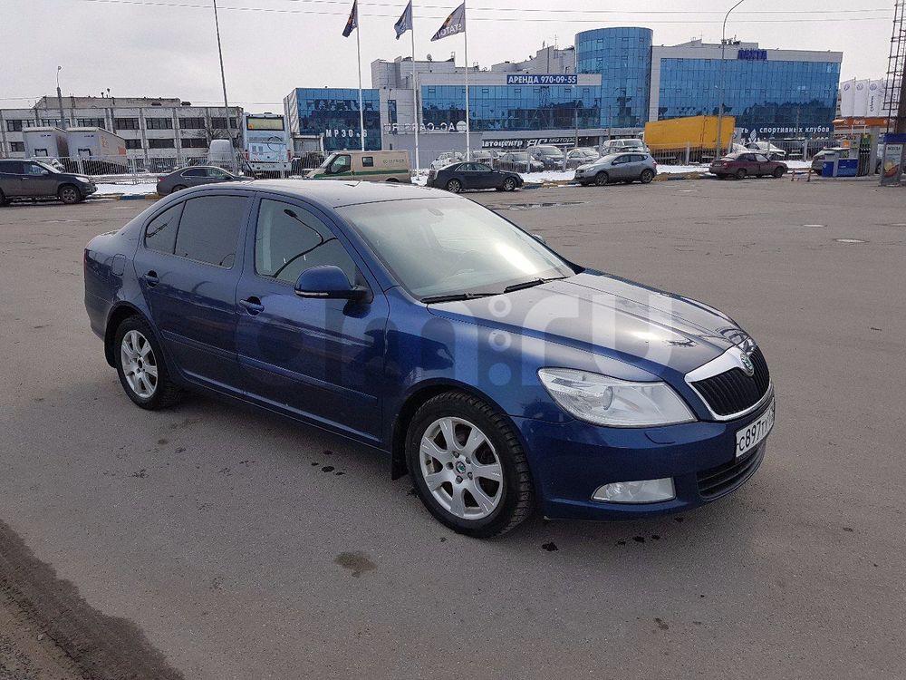 Подержанный Skoda Octavia, отличное состояние, синий , 2009 года выпуска, цена 395 000 руб. в Санкт-Петербурге