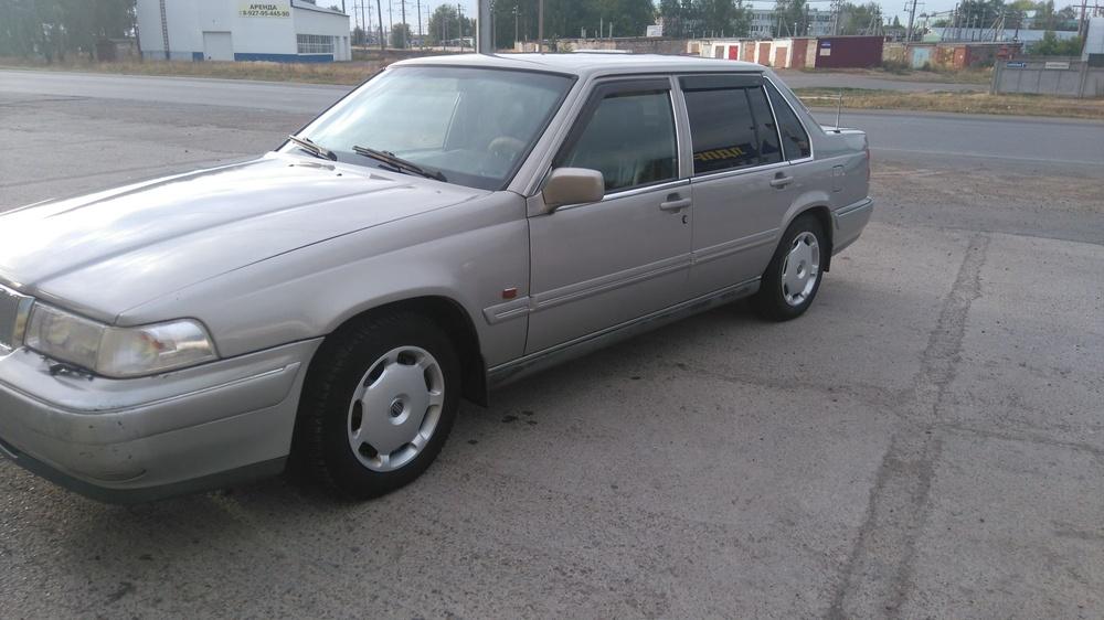 Подержанный Volvo 960, хорошее состояние, серебряный , 1995 года выпуска, цена 200 000 руб. в ао. Ханты-Мансийском Автономном округе - Югре