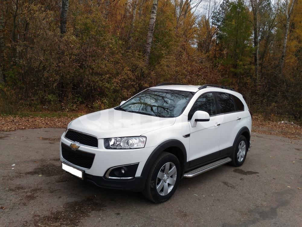 Подержанный Chevrolet Captiva, отличное состояние, белый , 2014 года выпуска, цена 1 090 000 руб. в республике Татарстане