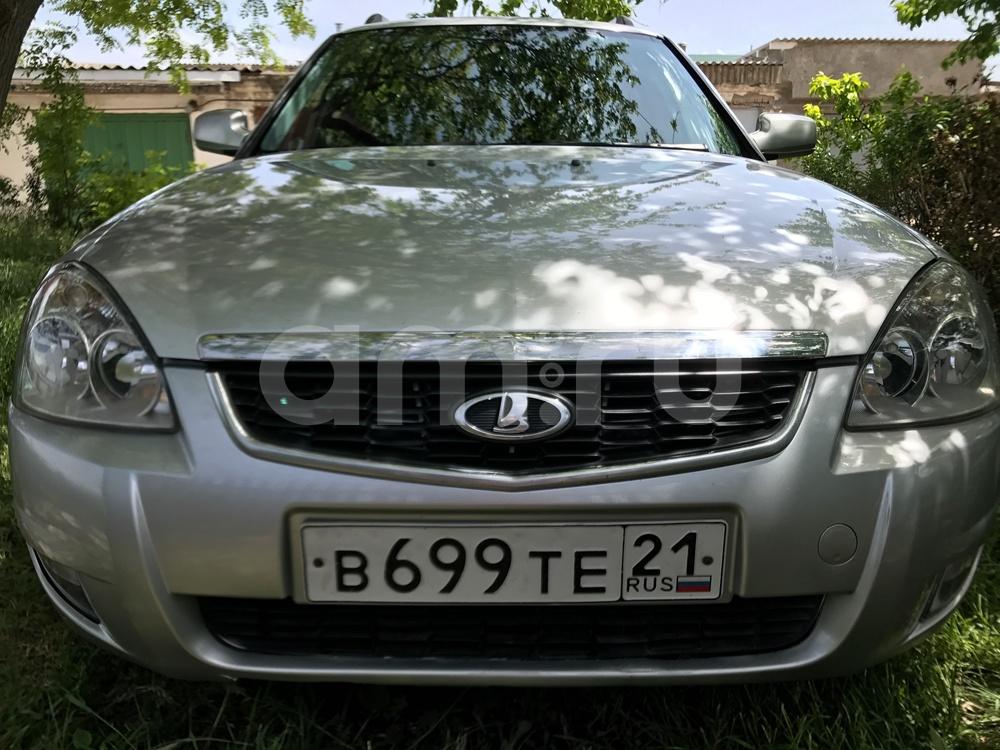 Подержанный ВАЗ (Lada) Priora, хорошее состояние, серебряный перламутр, 2009 года выпуска, цена 245 000 руб. в Крыму