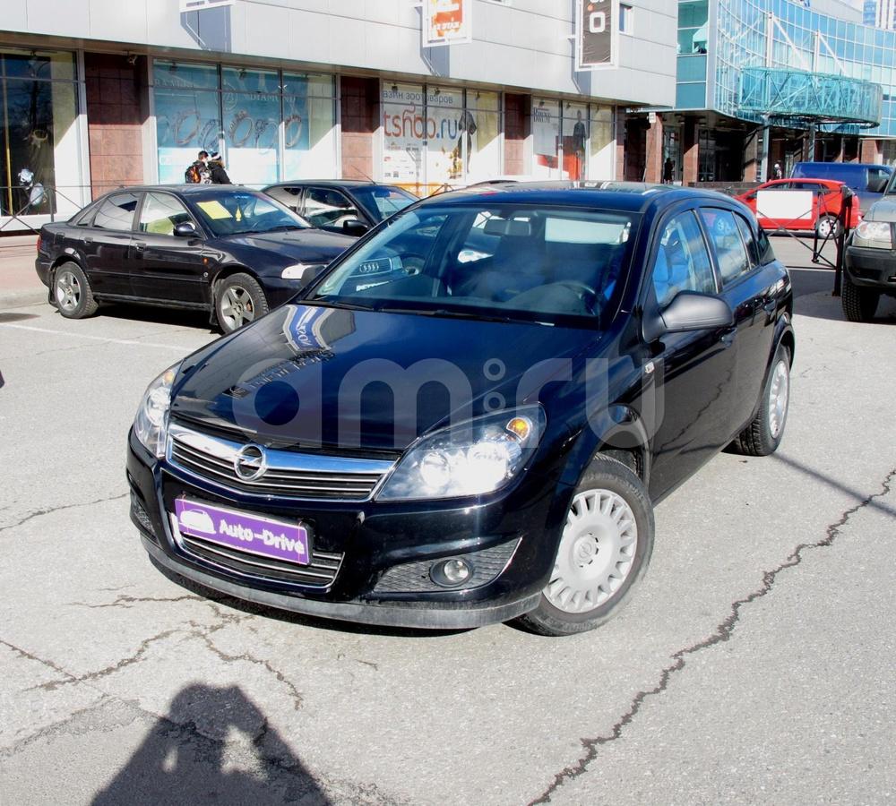 Opel Astra с пробегом, черный , отличное состояние, 2012 года выпуска, цена 564 000 руб. в автосалоне Auto Drive (Санкт-Петербург, ул. Типанова, д. 21)