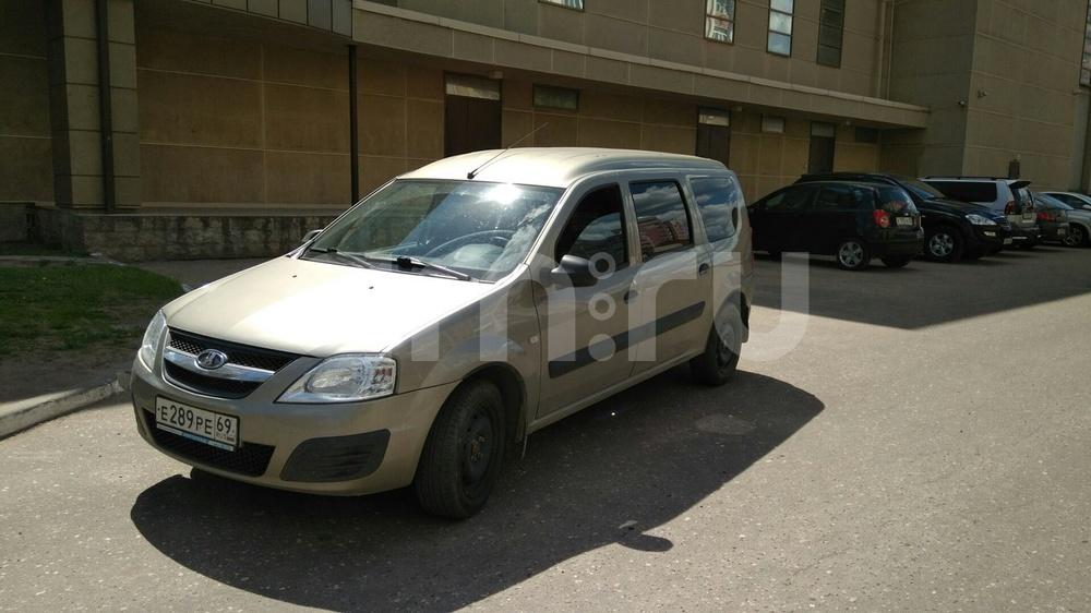 Подержанный ВАЗ (Lada) Largus, отличное состояние, бронзовый , 2013 года выпуска, цена 390 000 руб. в Тверской области