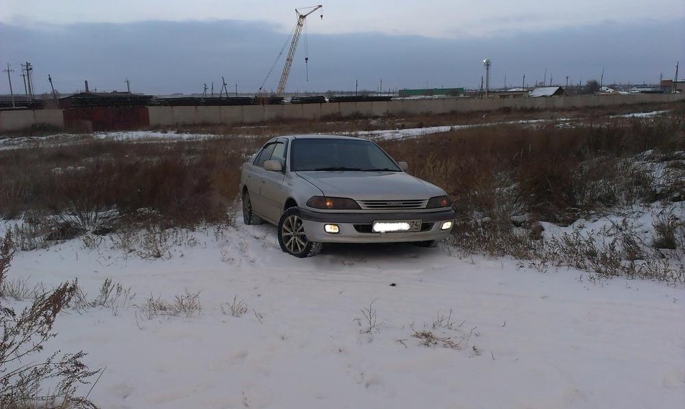 Подержанный Toyota Carina, отличное состояние, серебряный металлик, 1997 года выпуска, цена 210 000 руб. в Челябинской области