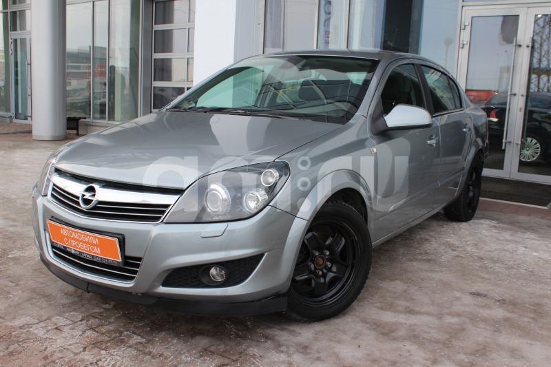 Opel Astra с пробегом, серый , отличное состояние, 2011 года выпуска, цена 429 000 руб. в автосалоне Автобан-Запад (Екатеринбург, ул. Металлургов, д. 67)