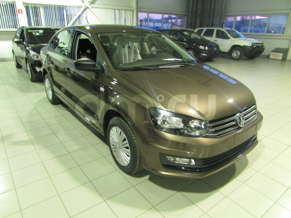 Volkswagen Polo с пробегом, коричневый , отличное состояние, 2016 года выпуска, цена 609 000 руб. в автосалоне  ()