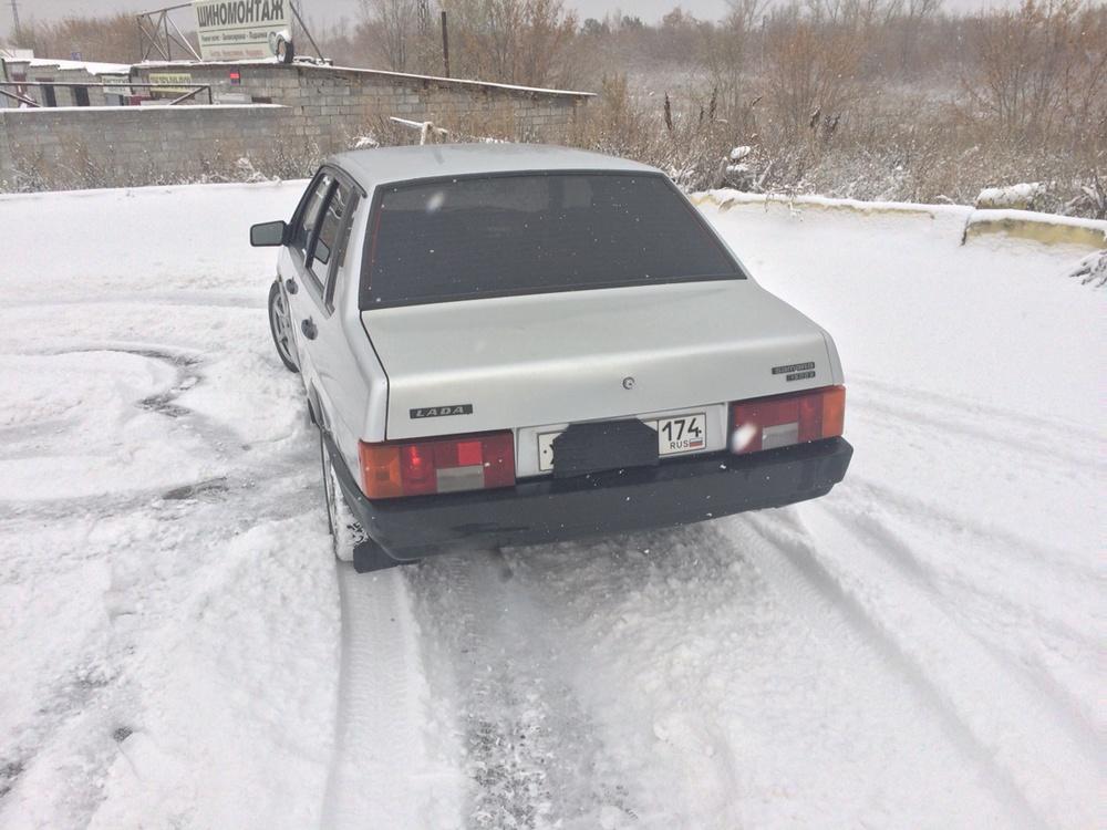 Подержанный ВАЗ (Lada) 2109, отличное состояние, серебряный , 2001 года выпуска, цена 78 000 руб. в Челябинской области