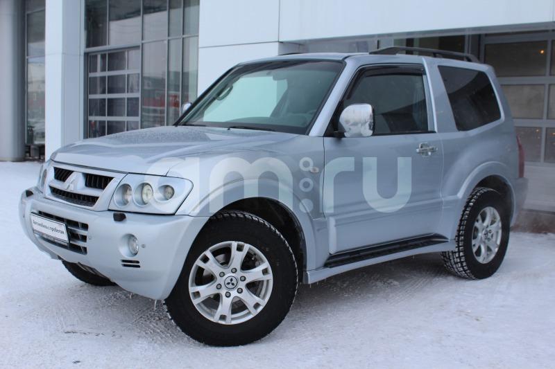 Mitsubishi Pajero с пробегом, серебряный , отличное состояние, 2004 года выпуска, цена 479 000 руб. в автосалоне  ()