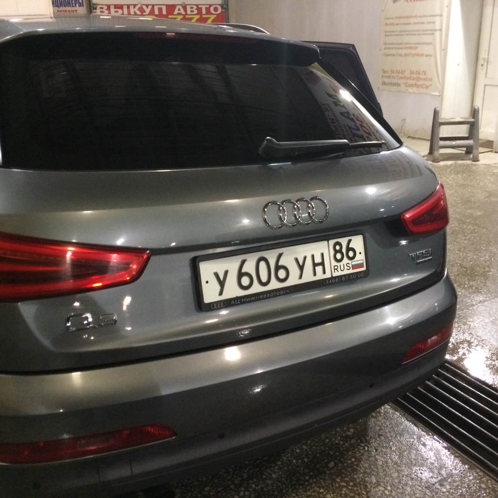 Подержанный Audi Q3, хорошее состояние, серый , 2013 года выпуска, цена 1 380 000 руб. в ао. Ханты-Мансийском Автономном округе - Югре