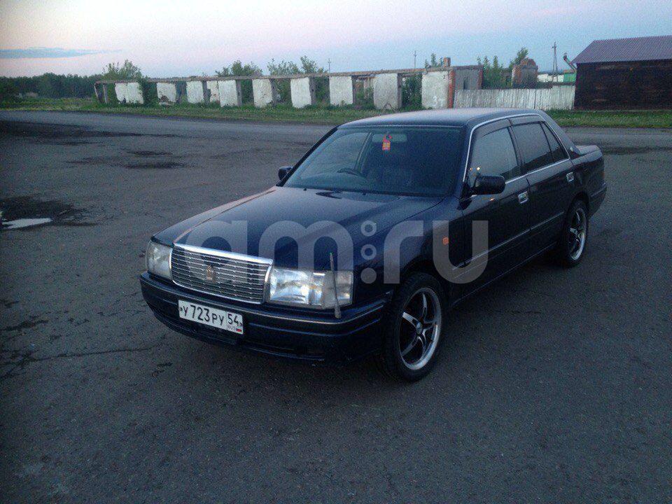 Подержанный Toyota Crown, отличное состояние, синий , 2001 года выпуска, цена 300 000 руб. в Кемеровской области