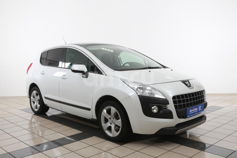 Peugeot 3008 с пробегом, белый , отличное состояние, 2011 года выпуска, цена 550 000 руб. в автосалоне АвтоГрад Нормандия (Иваново, ул. Полка Нормандия-Неман, д. 7, стр. 2)