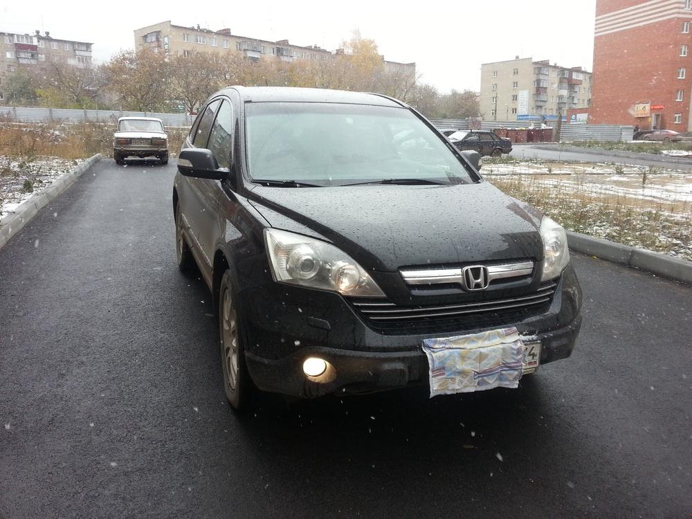 Подержанный Honda CR-V, хорошее состояние, черный , 2008 года выпуска, цена 800 000 руб. в Челябинской области