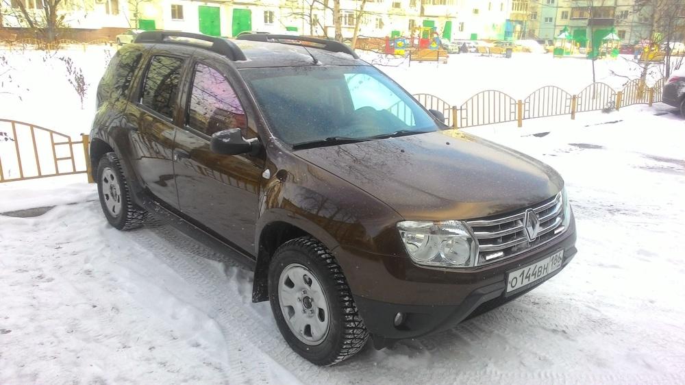 Подержанный Renault Duster, хорошее состояние, коричневый металлик, 2012 года выпуска, цена 650 000 руб. в ао. Ханты-Мансийском Автономном округе - Югре