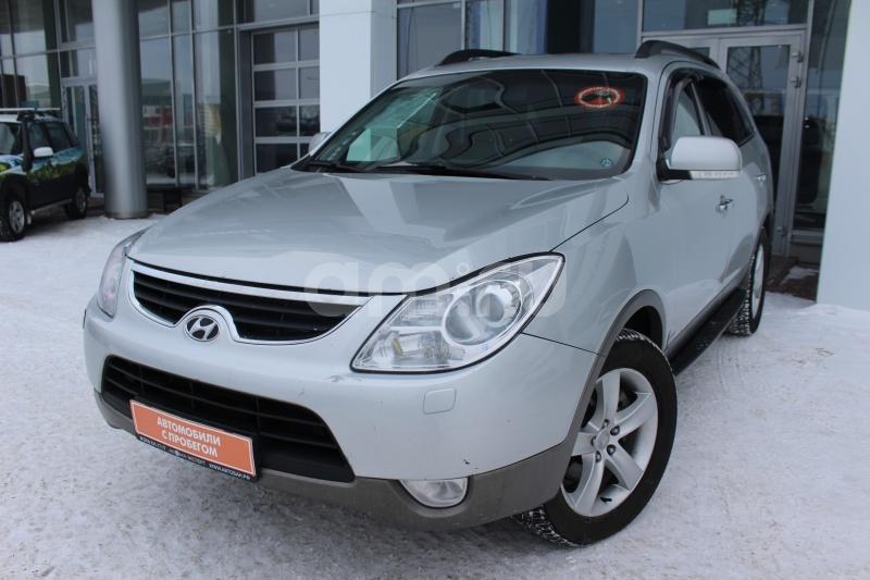 Hyundai ix55 с пробегом, серебряный , отличное состояние, 2010 года выпуска, цена 959 000 руб. в автосалоне Автобан-Запад (Екатеринбург, ул. Металлургов, д. 67)