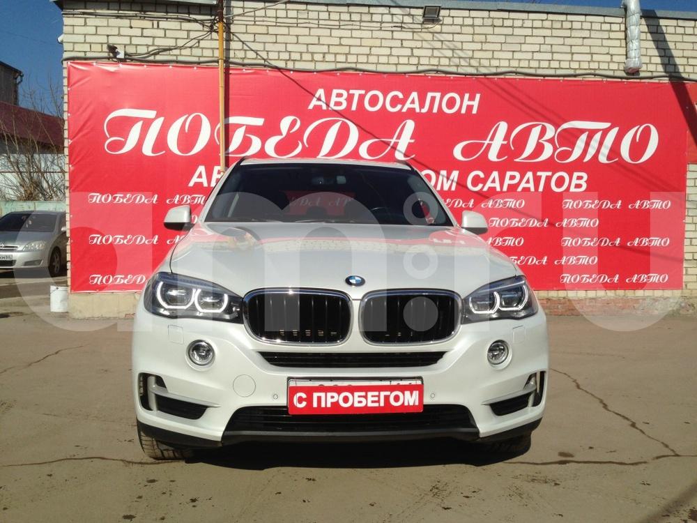 BMW X5 с пробегом, белый , отличное состояние, 2014 года выпуска, цена 3 249 000 руб. в автосалоне Победа-Авто (Саратов, ул. Чапаева, д. 173)