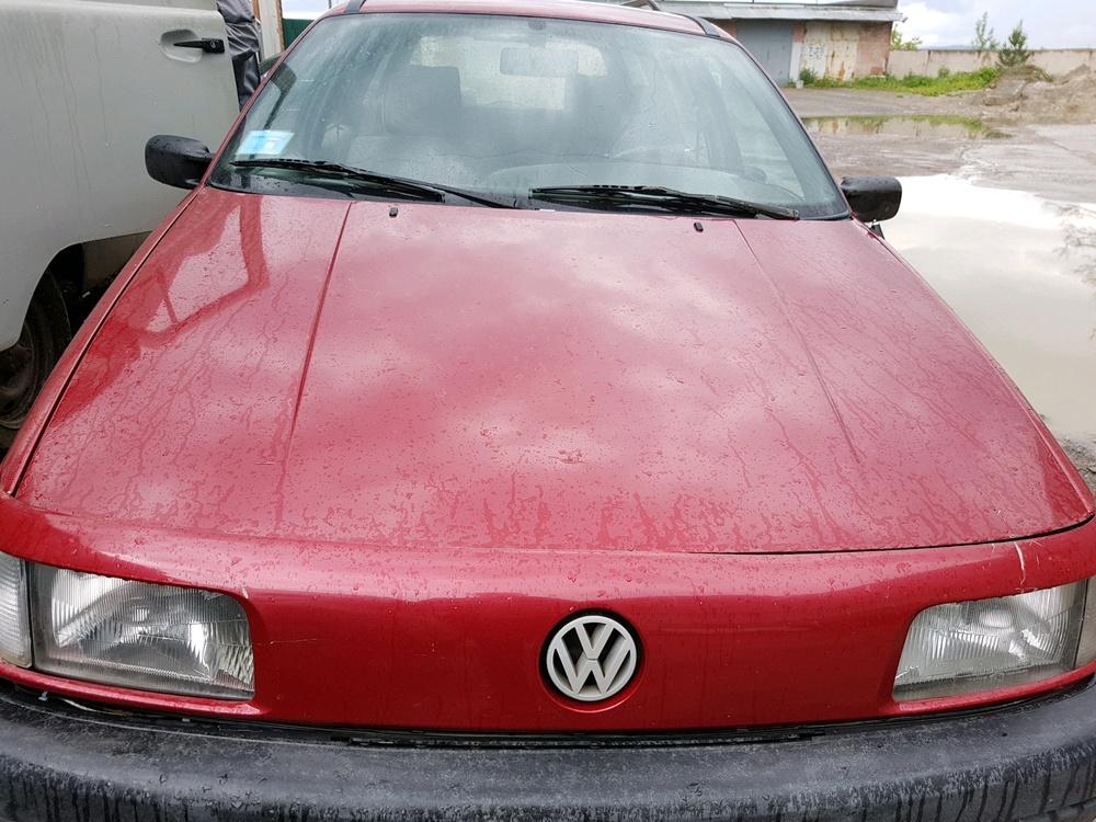 Подержанный Volkswagen Passat, среднее состояние, вишневый , 1989 года выпуска, цена 78 000 руб. в Челябинской области