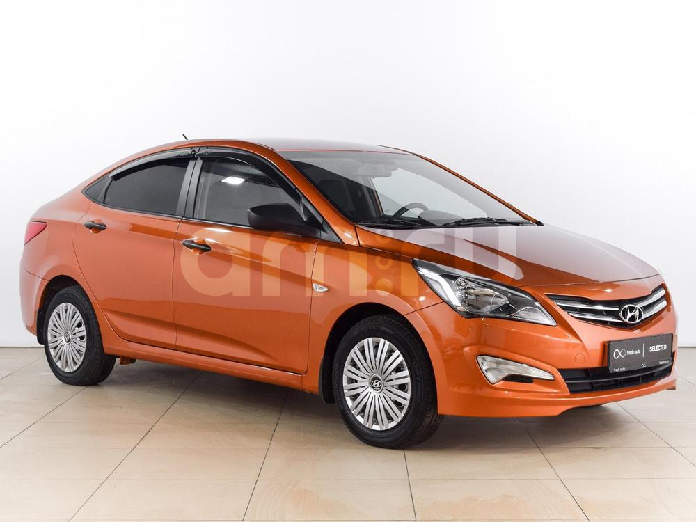 Hyundai Solaris с пробегом, оранжевый перламутр, отличное состояние, 2014 года выпуска, цена 499 000 руб. в автосалоне  ()