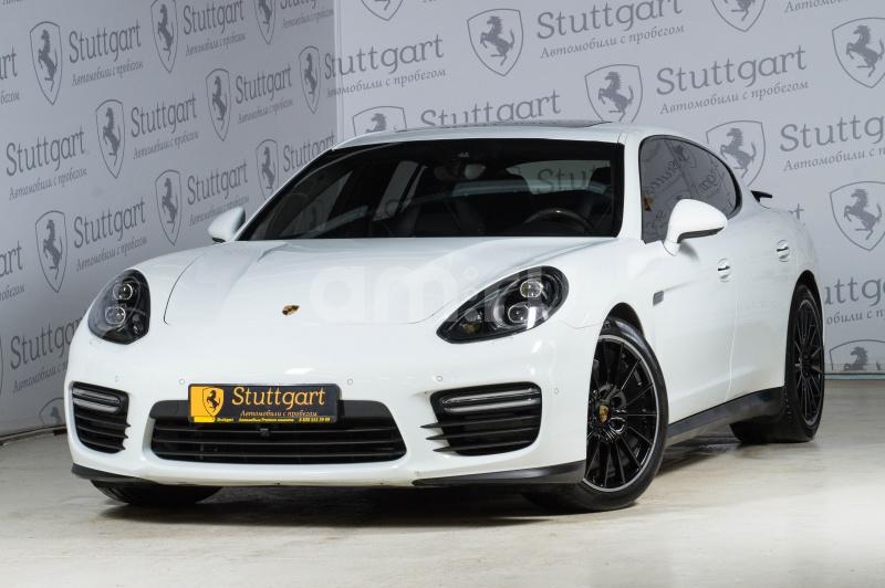 Porsche Panamera с пробегом, белый , отличное состояние, 2015 года выпуска, цена 5 700 000 руб. в автосалоне Stuttgart (Екатеринбург, ул. Металлургов, д. 84(напротив ТЦ «Мега»))