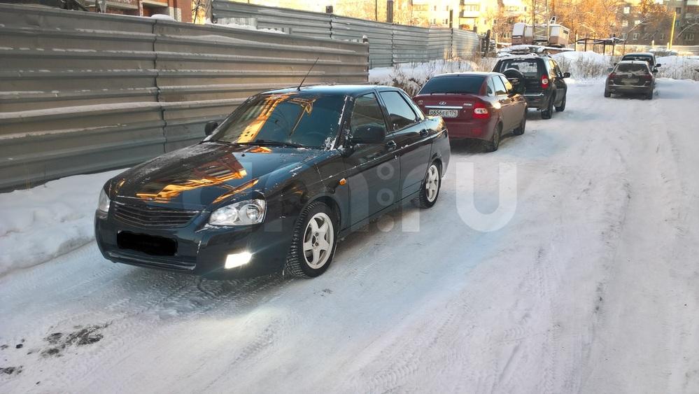 Подержанный ВАЗ (Lada) Priora, хорошее состояние, черный , 2012 года выпуска, цена 250 000 руб. в Челябинской области