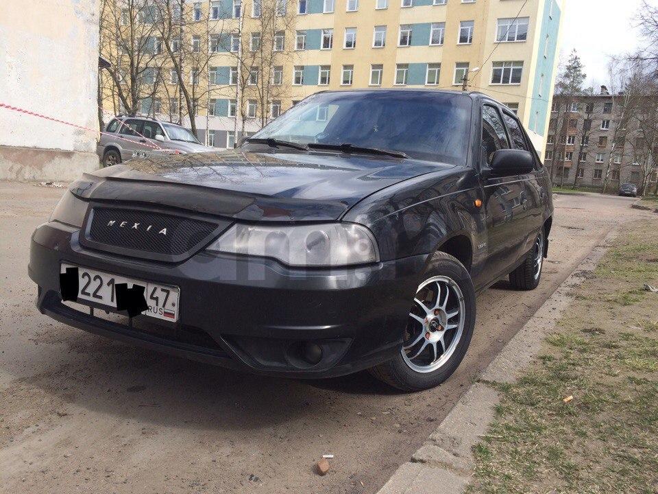 Подержанный Daewoo Nexia, хорошее состояние, черный металлик, 2009 года выпуска, цена 119 000 руб. в Санкт-Петербурге