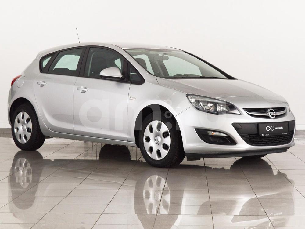 Opel Astra с пробегом, серебряный , отличное состояние, 2014 года выпуска, цена 560 000 руб. в автосалоне FRESH Нижний Новгород (Нижний Новгород, ул. Коминтерна, д. 31Ж)