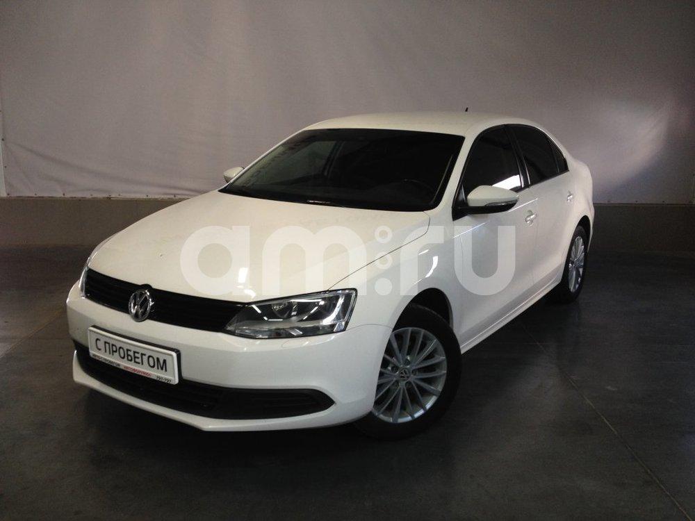 Volkswagen Jetta с пробегом, белый металлик, отличное состояние, 2012 года выпуска, цена 569 000 руб. в автосалоне АвтоФорум 64 (Саратов, ул. Усть-Курдюмская, д. 33)