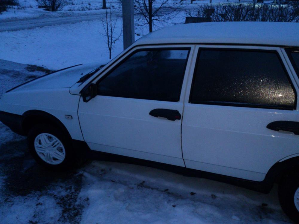 Подержанный ВАЗ (Lada) 2109, хорошее состояние, белый , 2000 года выпуска, цена 95 000 руб. в ао. Ханты-Мансийском Автономном округе - Югре