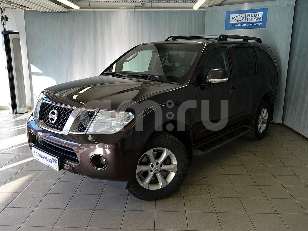 Nissan Pathfinder с пробегом, коричневый металлик, отличное состояние, 2011 года выпуска, цена 1 095 000 руб. в автосалоне РОЛЬФ Витебский Blue Fish (Санкт-Петербург, пр-кт Витебский, д. 17, корп. 6)
