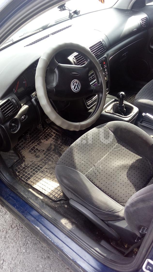 Подержанный Volkswagen Passat, среднее состояние, синий , 1998 года выпуска, цена 150 000 руб. в ао. Ханты-Мансийском Автономном округе - Югре