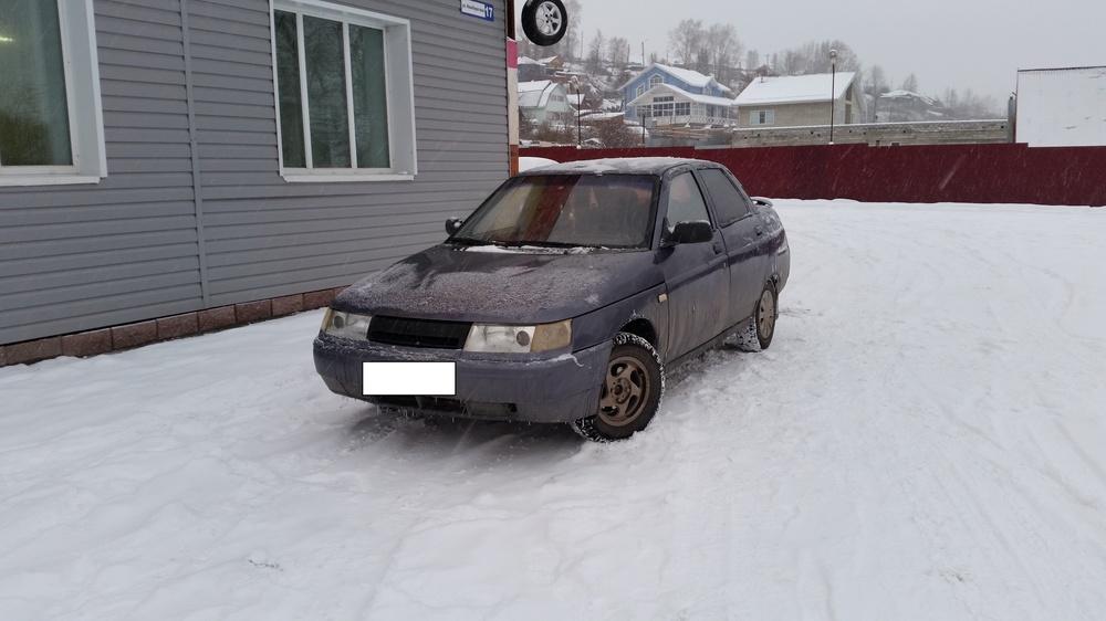 Подержанный ВАЗ (Lada) 2110, хорошее состояние, фиолетовый , 2001 года выпуска, цена 65 000 руб. в Челябинской области