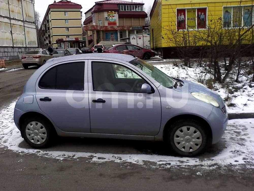 Подержанный Nissan March, хорошее состояние, голубой , 2003 года выпуска, цена 200 000 руб. в ао. Ханты-Мансийском Автономном округе - Югре