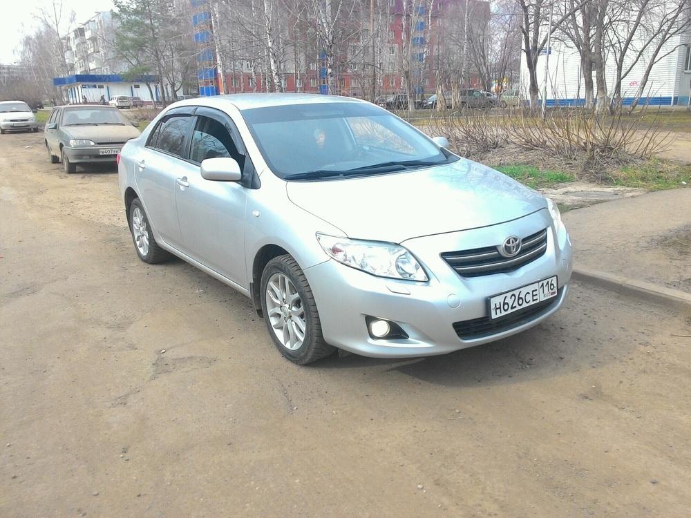 Подержанный Toyota Corolla, отличное состояние, серебряный , 2008 года выпуска, цена 450 000 руб. в республике Татарстане