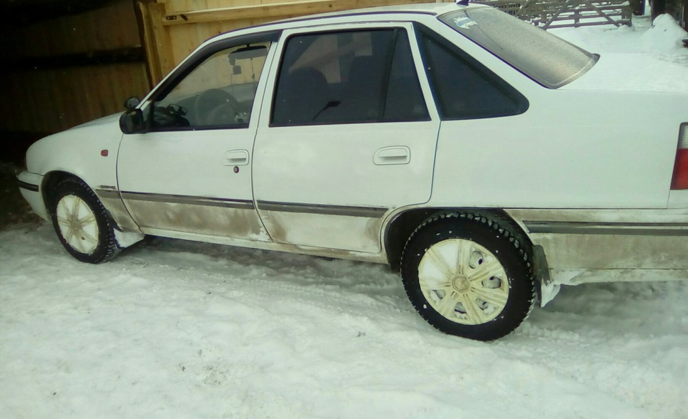Подержанный Daewoo Nexia, хорошее состояние, белый , 2007 года выпуска, цена 115 000 руб. в Челябинской области