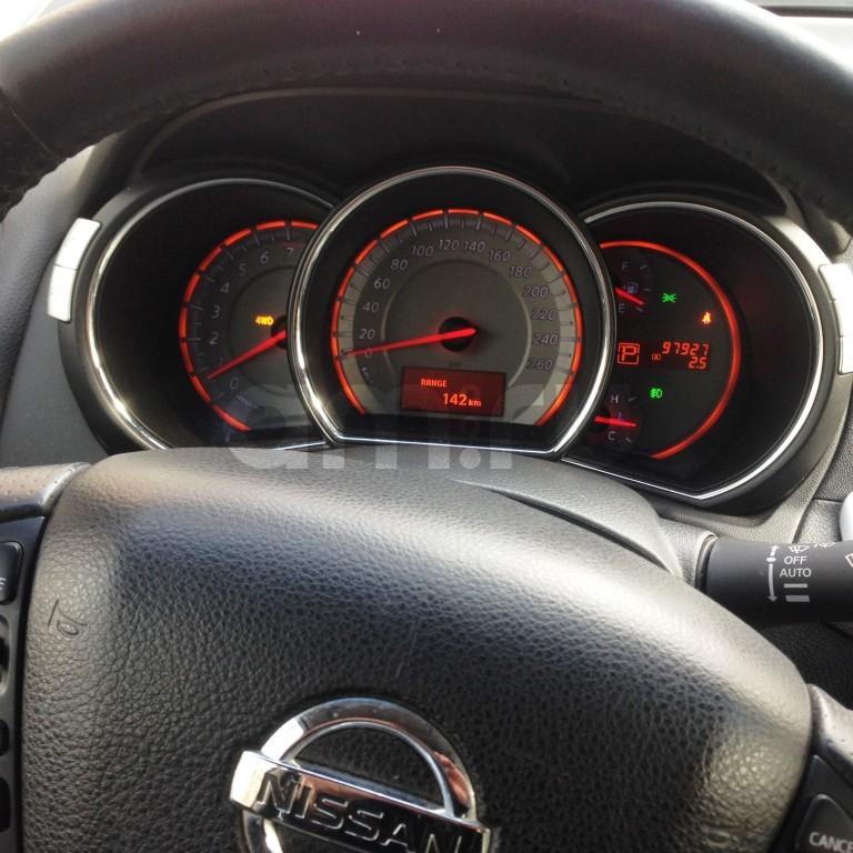 Подержанный Nissan Murano, отличное состояние, красный , 2010 года выпуска, цена 850 000 руб. в Санкт-Петербурге