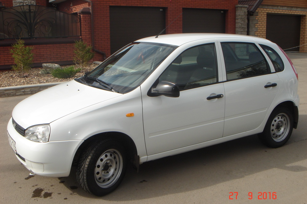 Подержанный ВАЗ (Lada) Kalina, отличное состояние, белый , 2012 года выпуска, цена 229 900 руб. в Челябинской области