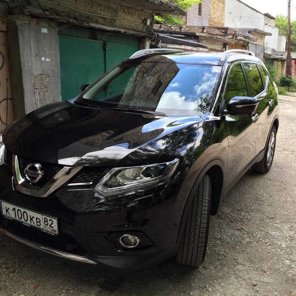 Подержанный Nissan X-Trail, отличное состояние, черный металлик, 2015 года выпуска, цена 1 849 000 руб. в Крыму