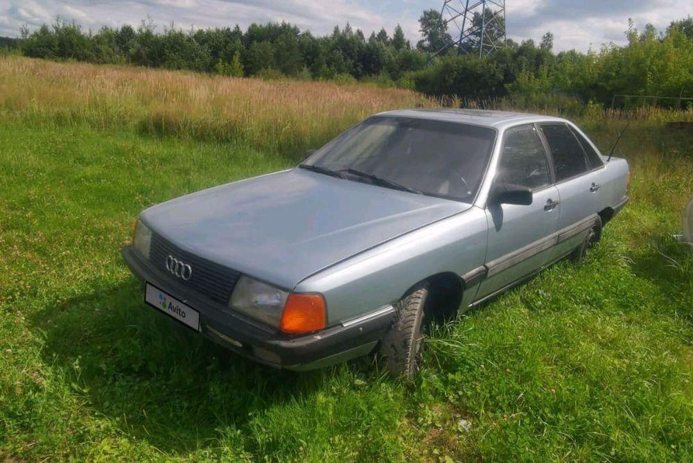 Подержанный автомобиль Audi 100 (Ауди 100) 1983 г ...