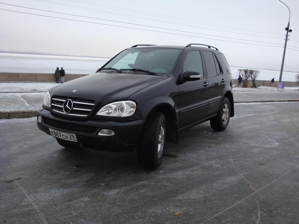 Подержанный Mercedes-Benz M-Класс, хорошее состояние, черный , 2002 года выпуска, цена 520 000 руб. в Архангельске