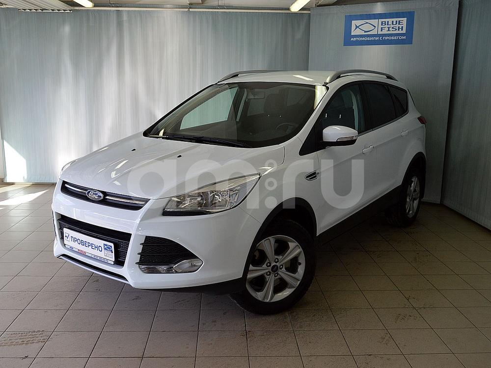 Ford Kuga с пробегом, белый , отличное состояние, 2016 года выпуска, цена 1 319 000 руб. в автосалоне РОЛЬФ Витебский Blue Fish (Санкт-Петербург, пр-кт Витебский, д. 17, корп. 6)
