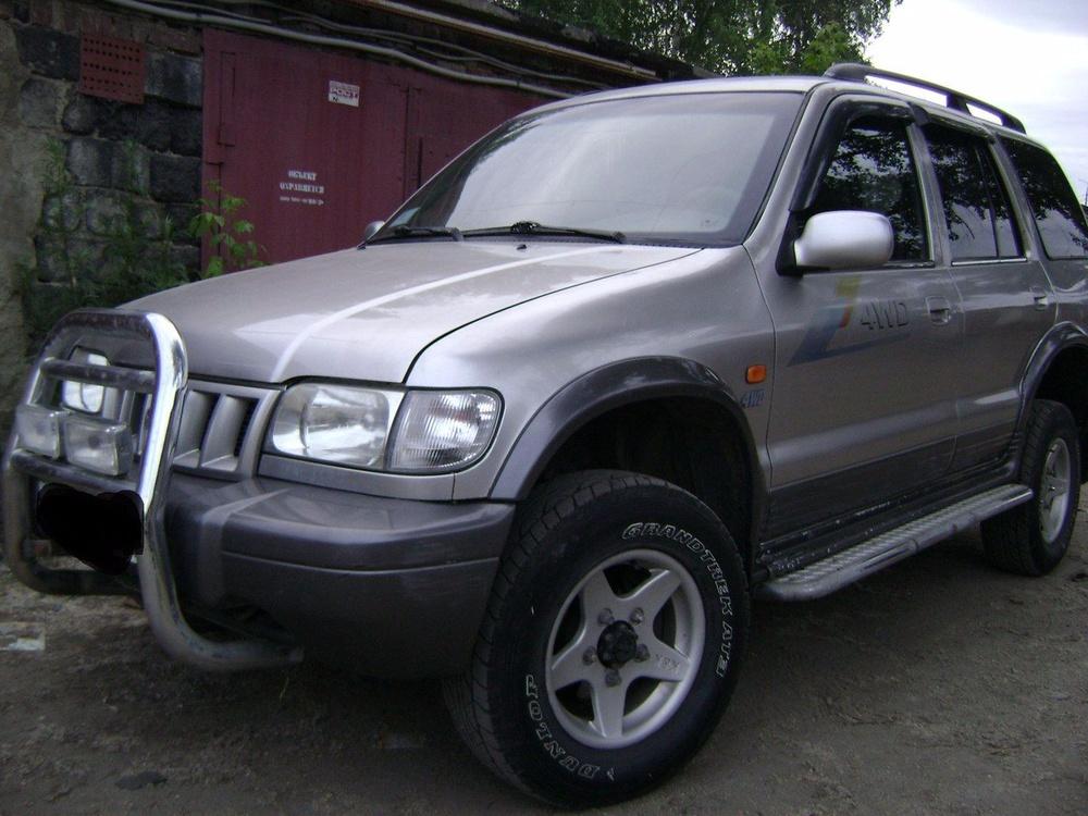 Подержанный Kia Sportage, отличное состояние, серебряный , 2004 года выпуска, цена 255 000 руб. в Екатеринбурге