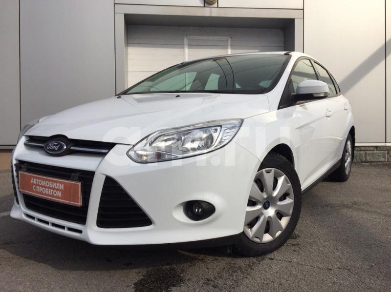 Ford Focus с пробегом, белый , отличное состояние, 2015 года выпуска, цена 630 000 руб. в автосалоне  ()