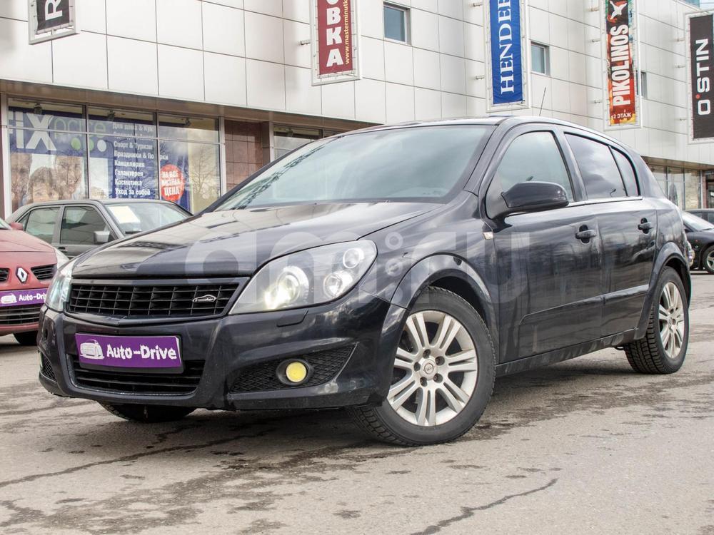 Opel Astra с пробегом, черный , отличное состояние, 2008 года выпуска, цена 299 000 руб. в автосалоне Auto Drive (Санкт-Петербург, ул. Типанова, д. 21)